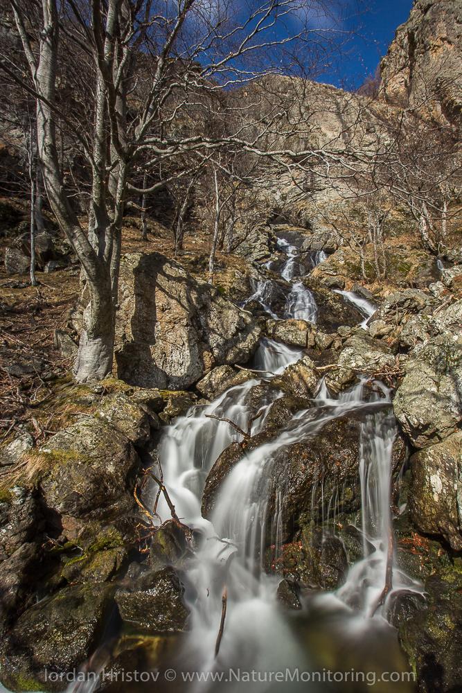 waterfalls in Central Balkan mountain © Iordan Hristov