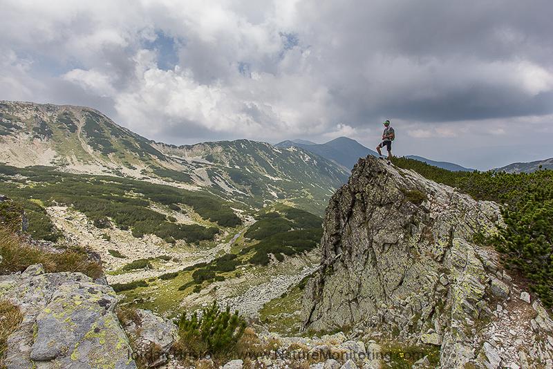 overlooking the valley © Iordan Hristov